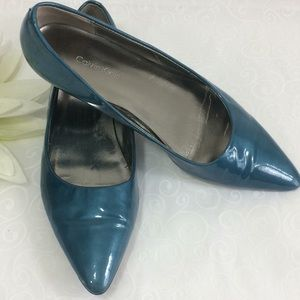 Calvin Klein shiny teal flats w/pointed toe-Sz 7
